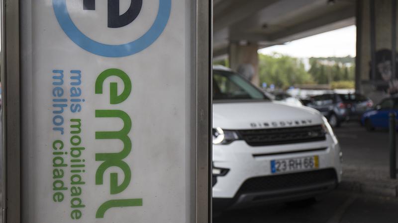 Respostas Rápidas: O que altera no estacionamento da EMEL?