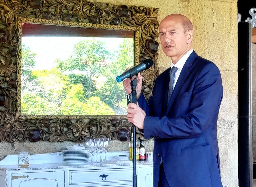 """Faixa de 700 Mhz fica disponível em junho, mas Governo não quer """"apressar"""" o 5G em Portugal"""
