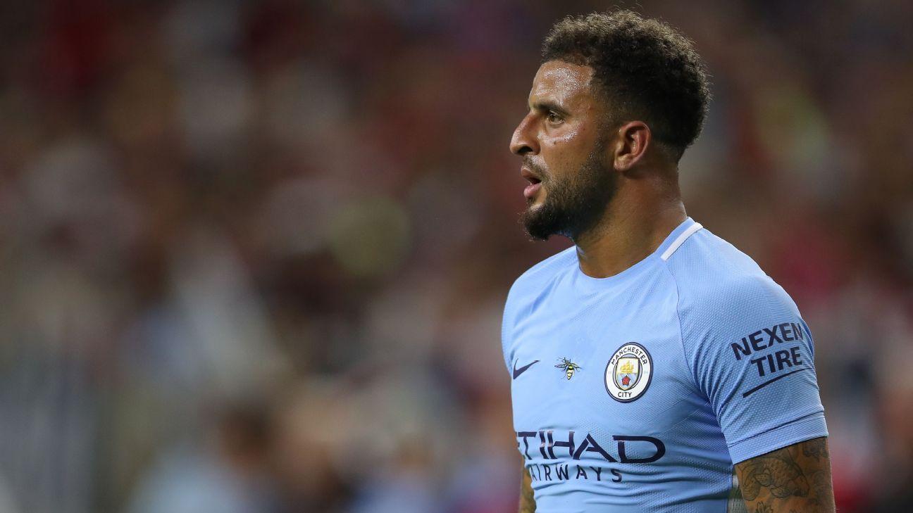 Manchester City abre processo a Kyle Walker