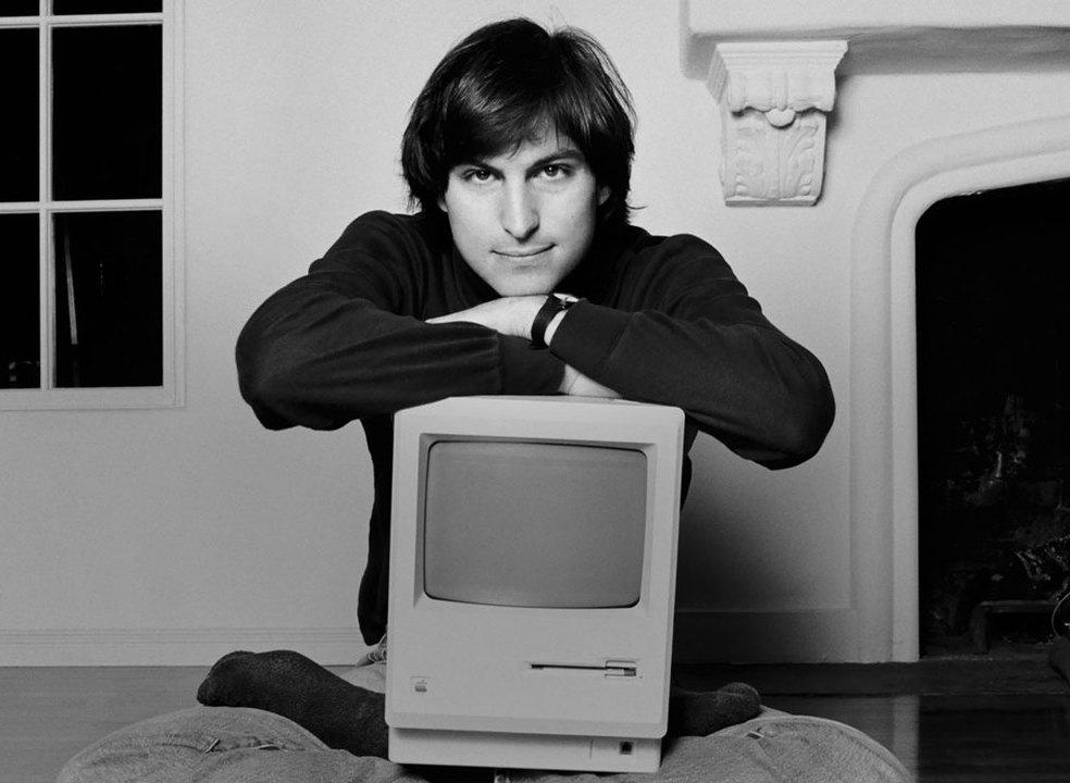 Fã da Apple? Regresse aos anos 70 e veja a evolução da marca até aos dias de hoje
