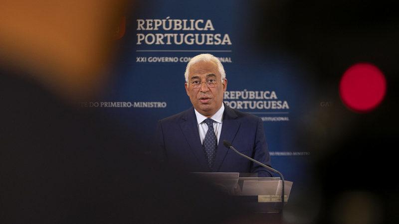 Sondagem: PS volta a alargar fosso em relação ao PSD