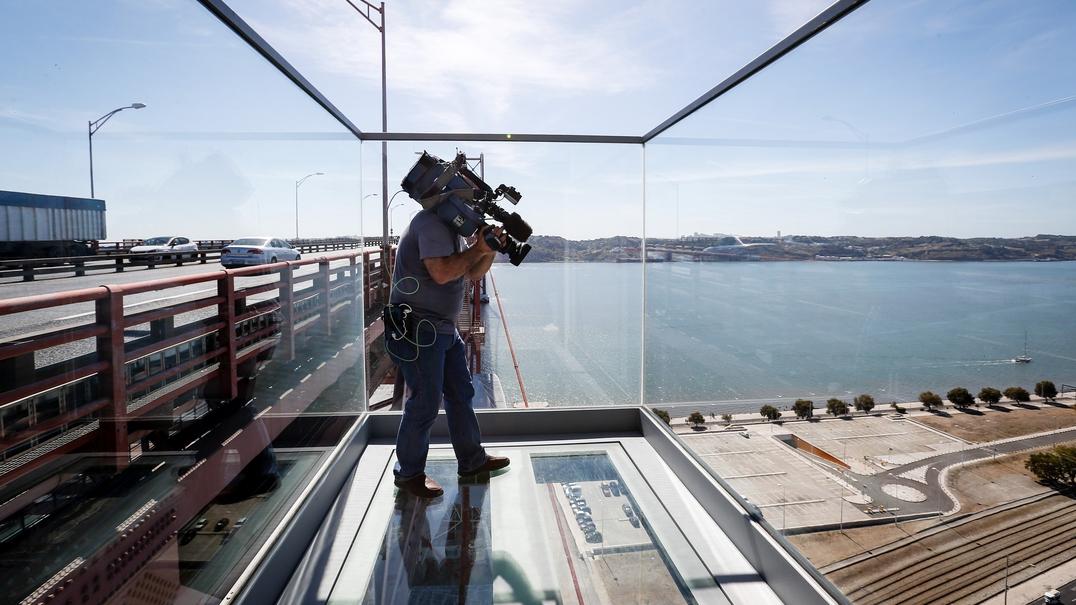 Ver Lisboa a 80 metros de altura. Subimos ao novo miradouro da ponte 25 de Abril