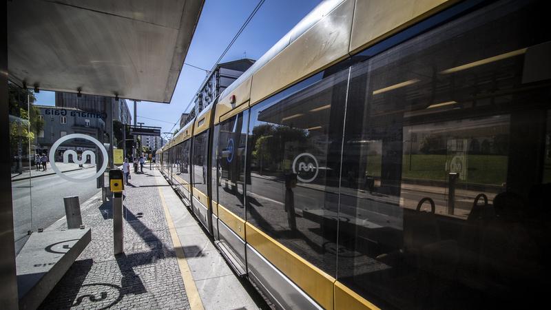 Metro do Porto circula toda a noite de São João