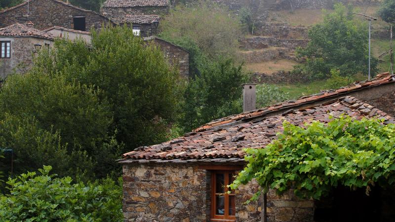 Candal: a aldeia anfiteatro para namorar ou passar o tempo