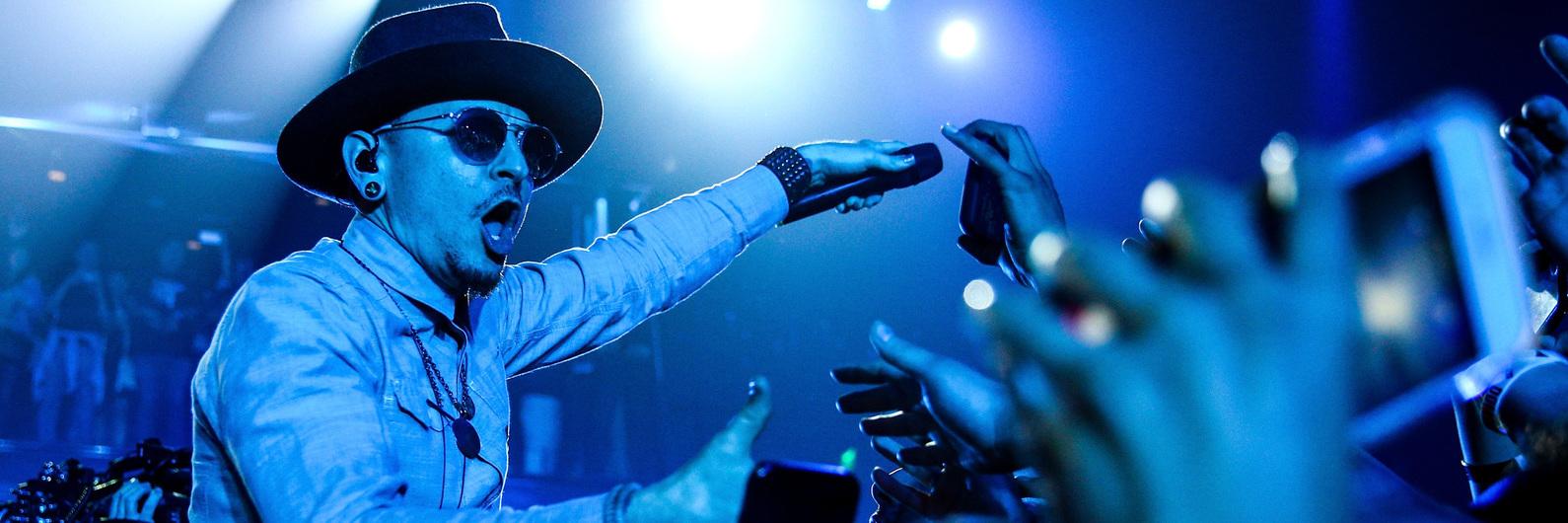 Coincidência (ou não)? Vocalista dos Linkin Park morre no dia de aniversário de Chris Cornell
