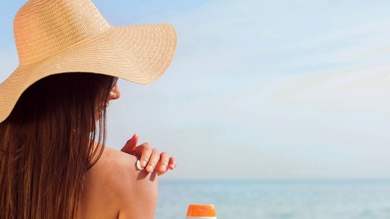 Como usar o protetor solar de forma correta