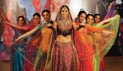 A melhor música do cinema indiano está neste canal
