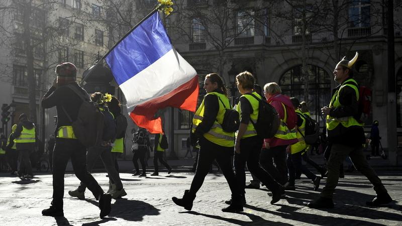 """França: Manifestações dos """"coletes amarelos"""" têm hoje menor adesão"""