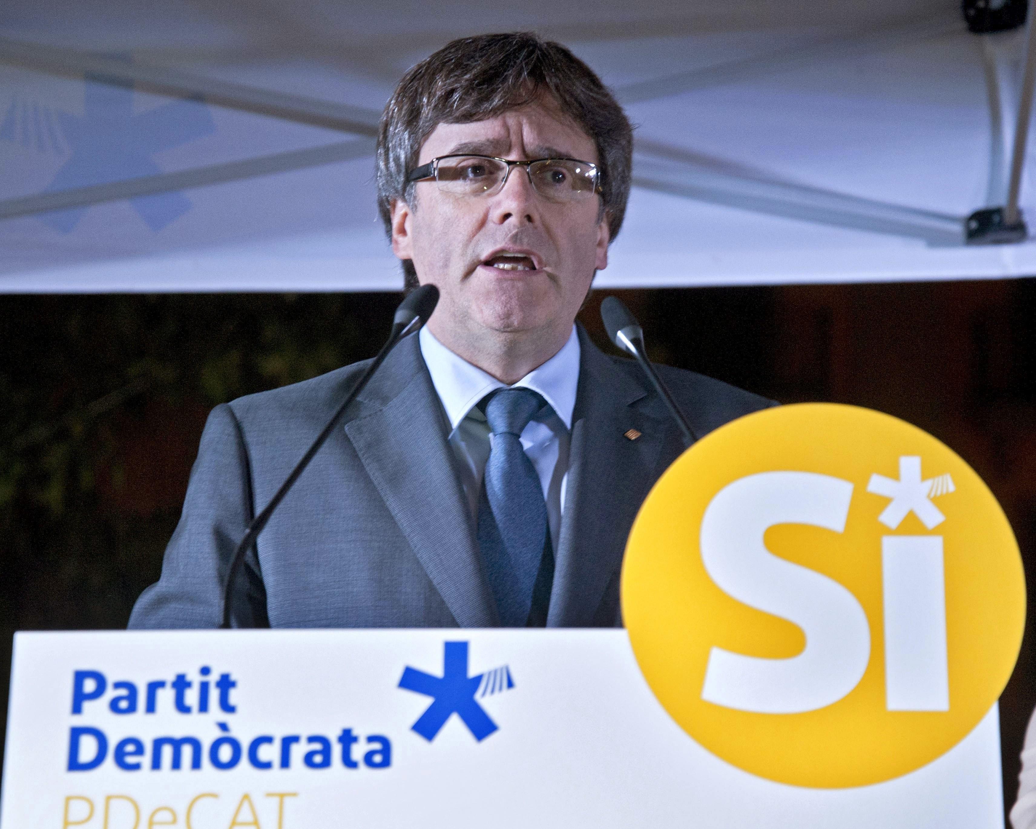 Presidente da Generalitat da Catalunha acusa Rajoy de ser guardião do túmulo de Franco