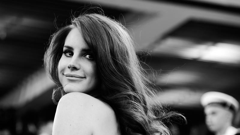 """Lana Del Rey: """"Quando eu vou para o varão, as pessoas chamam-me prostituta. Quando é a FKA Twigs, é arte"""""""