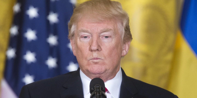 """Trump felicitou Putin por reeleição e discutiram coordenação para """"limitar corrida ao armamento"""""""