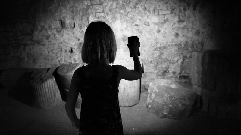 Apps de lanterna no Android exigem um número absurdo de permissões