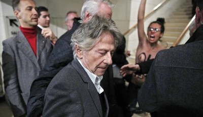 Sociedade de cineastas na França pondera suspender Roman Polanski