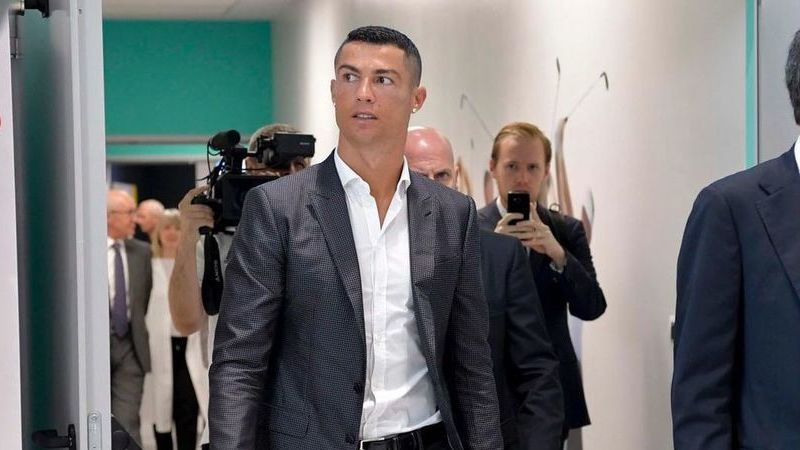 Cristiano Ronaldo já chegou ao Tribunal Provincial de Madrid