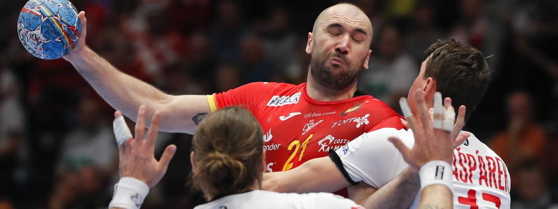 Campeã em título Espanha e Cróacia vencem e ficam mais perto das 'meias'