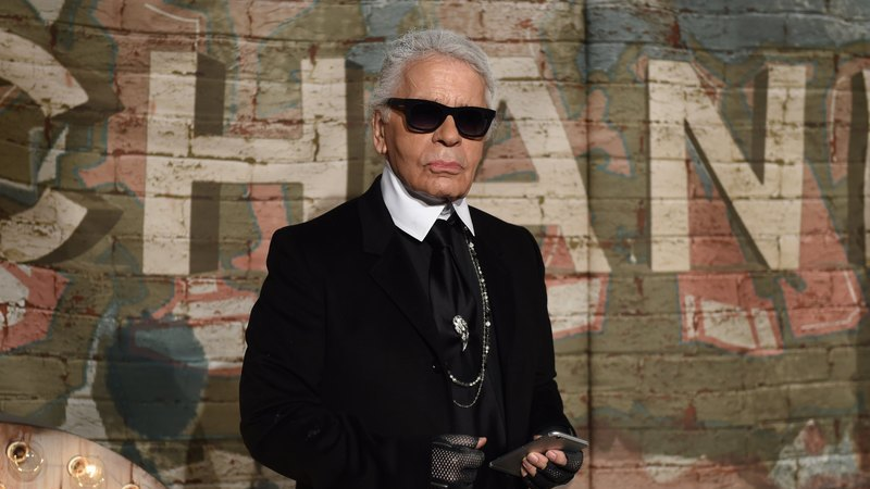 Mundo da moda de luto. Morreu Karl Lagerfeld