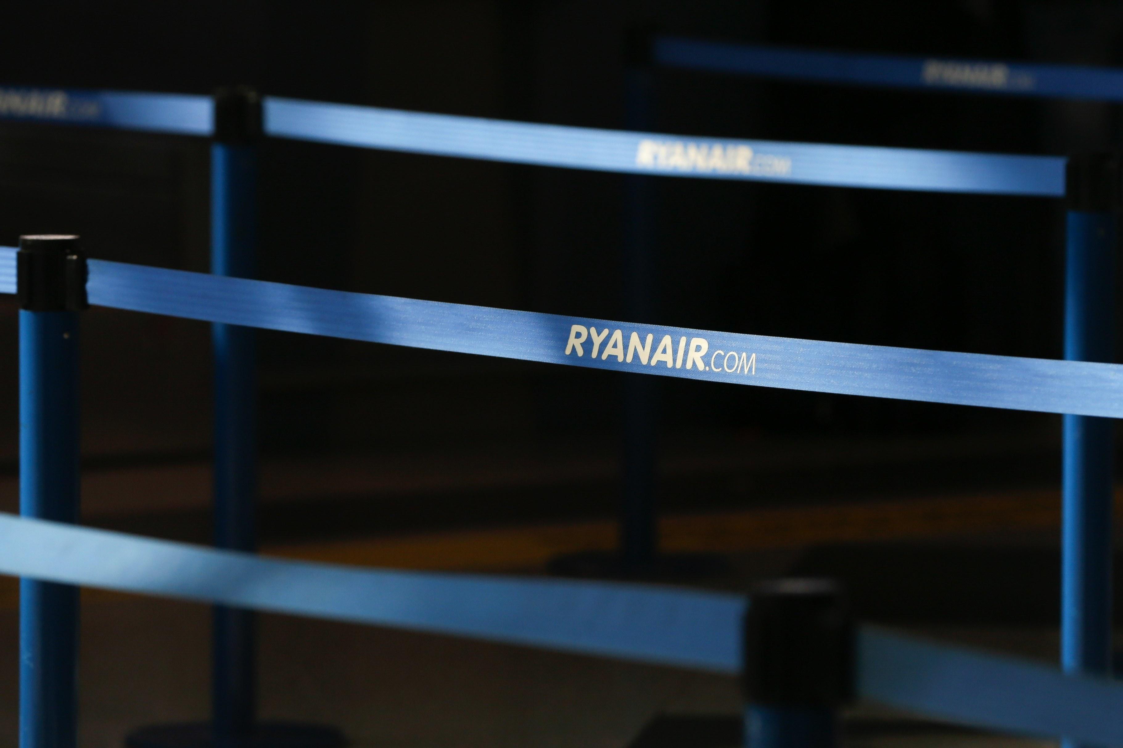 Sindicato do Pessoal de Voo da Aviação Civil reúne-se com sindicatos europeus de tripulantes da Ryanair