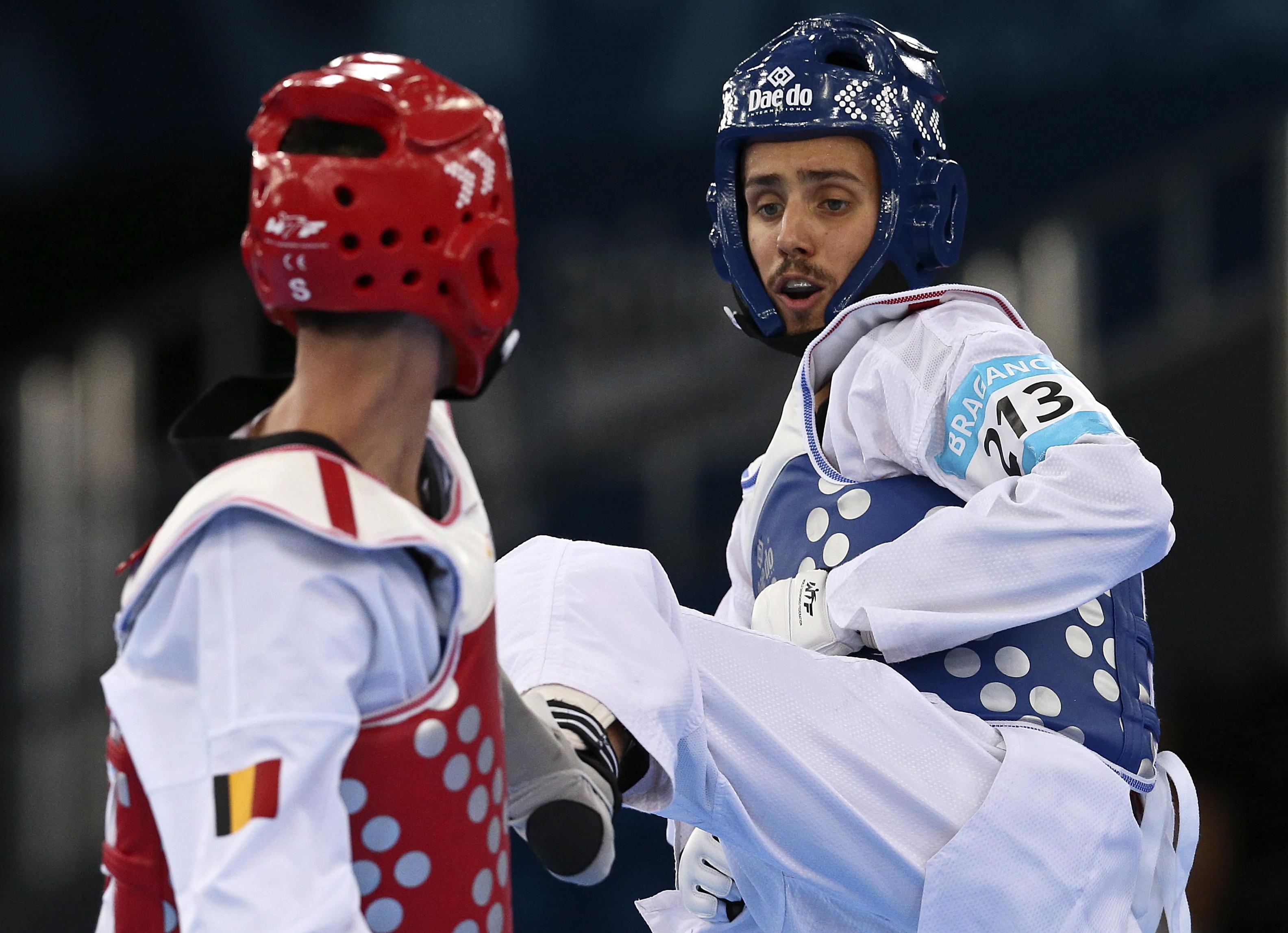 Rui Bragança e Júlio Ferreira prontos para o Grande Prémio de taekwondo