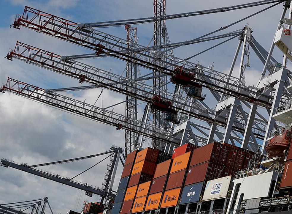 Défice da balança comercial subiu para 1.593 milhões de euros em outubro