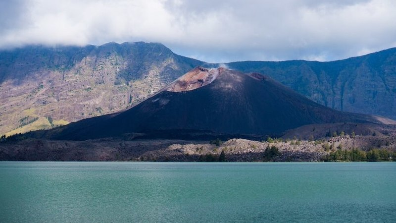 Esta é a segunda montanha mais alta da Indonésia