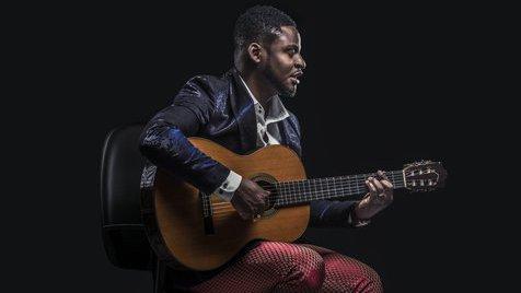 """Matias Damásio: """"Não imaginava ser o artista mais premiado de Angola"""""""