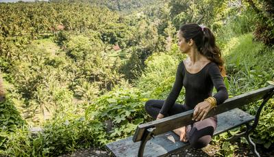 """""""O yoga tem o poder de equilibrar"""". A história de Filipa Veiga que trocou o jornalismo pelo yoga"""