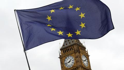 Do comité misto aos sete mil milhões. Acordo do Brexit tem 585 páginas e estes são os principais pontos
