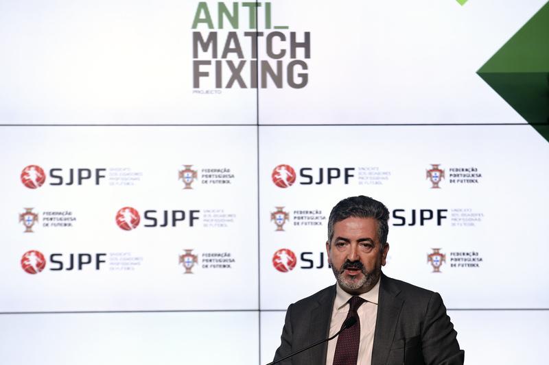 """Evangelista: """"Não tenhamos ilusões, vai acontecer muita coisa no futebol português"""""""