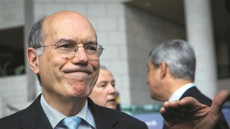 TAP. Neeleman admite que Fernando Pinto pode deixar de ser CEO