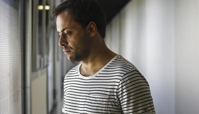 António Zambujo adia concerto no Coliseu dos Recreios devido à morte do pai