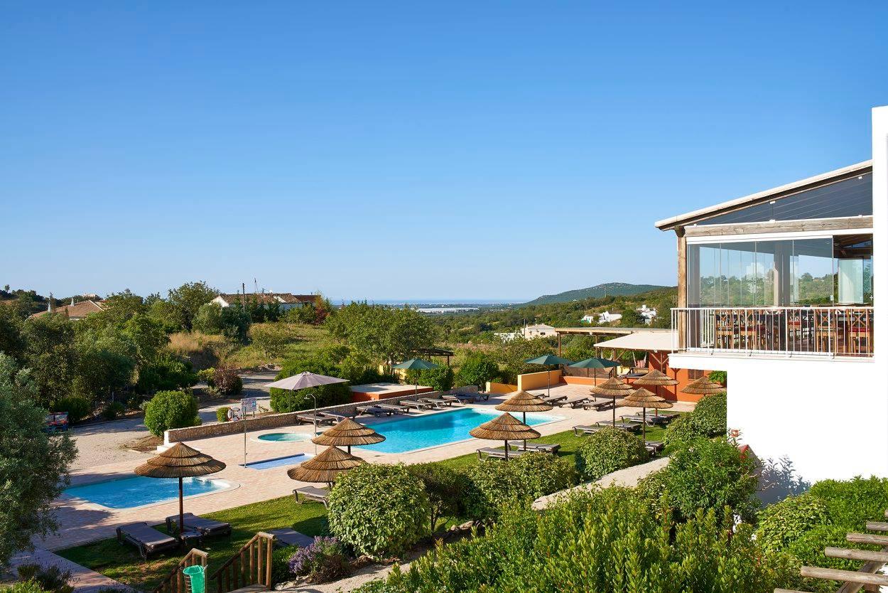 Algarve: Ao domingo o brunch no Hotel Rural Quinta do Marco inclui galo e piscina