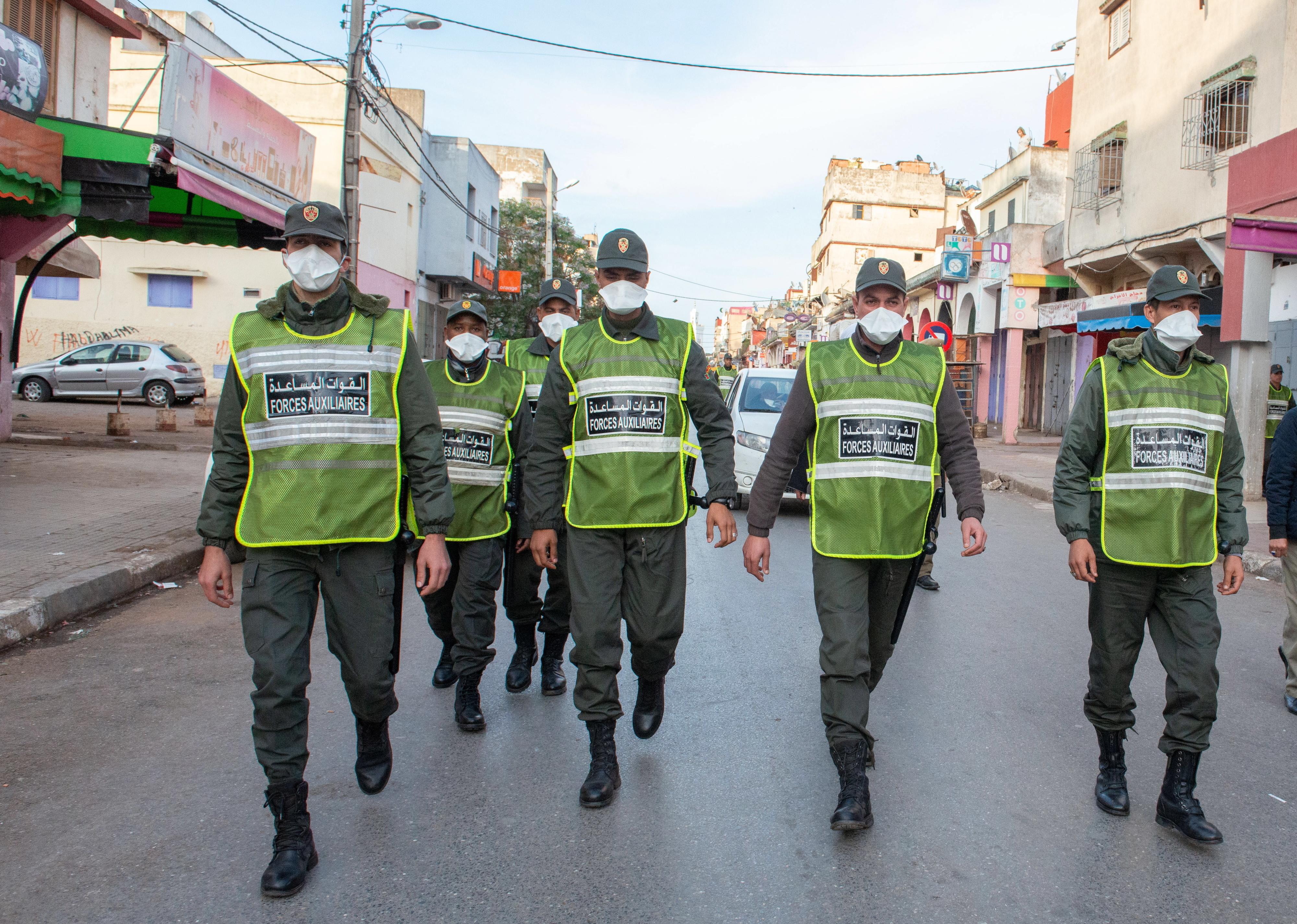Covid-19: Marrocos impõe uso de máscara para qualquer deslocação ao exterior