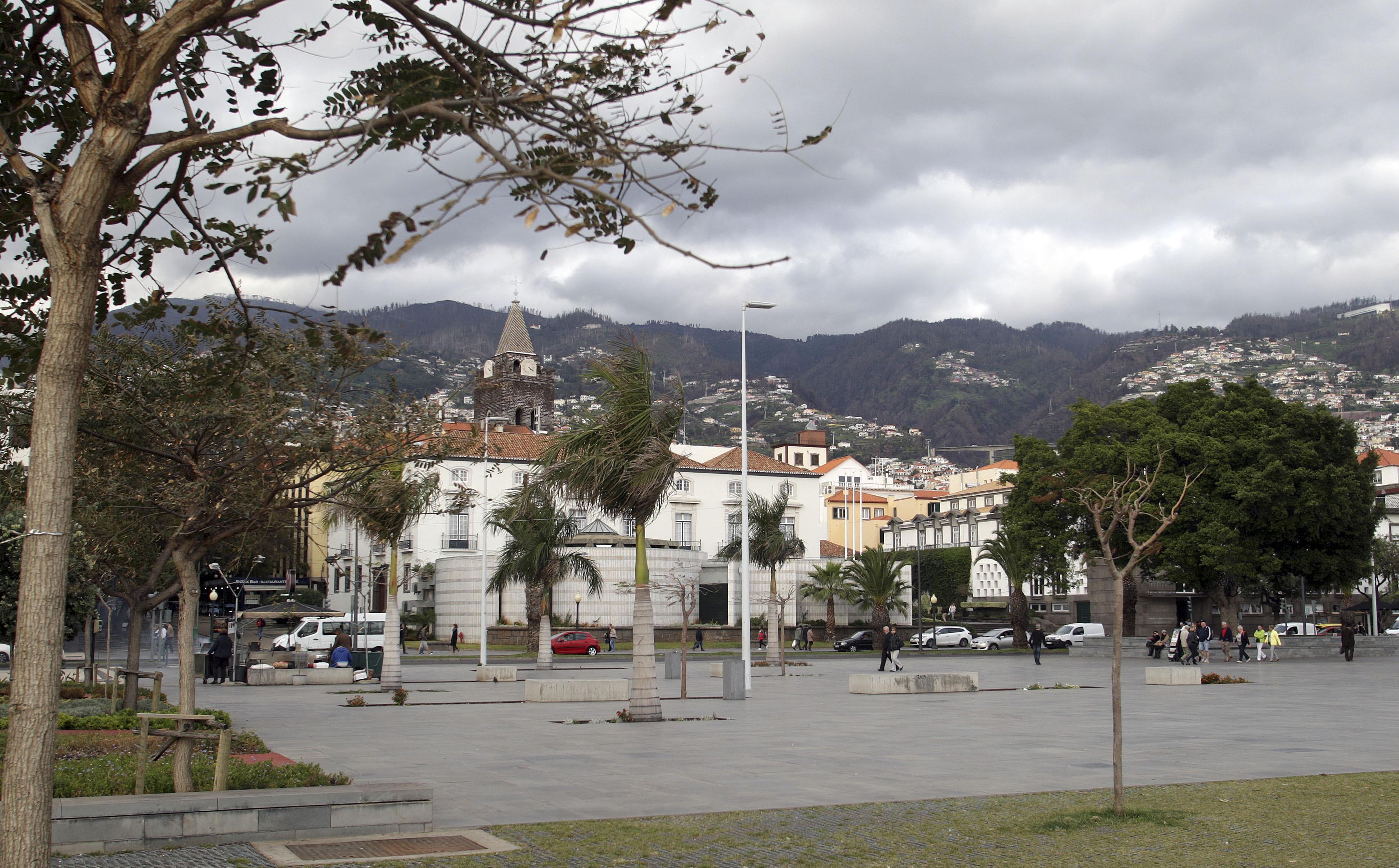 """CDS Madeira diz que Orçamento Regional 2018 é uma """"bomba-relógio"""""""