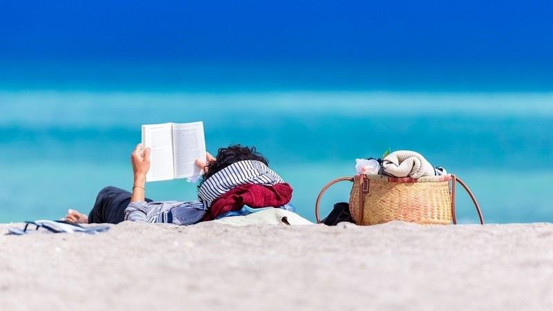 Livros para férias: no campo, na praia, numa espreguiçadeira...
