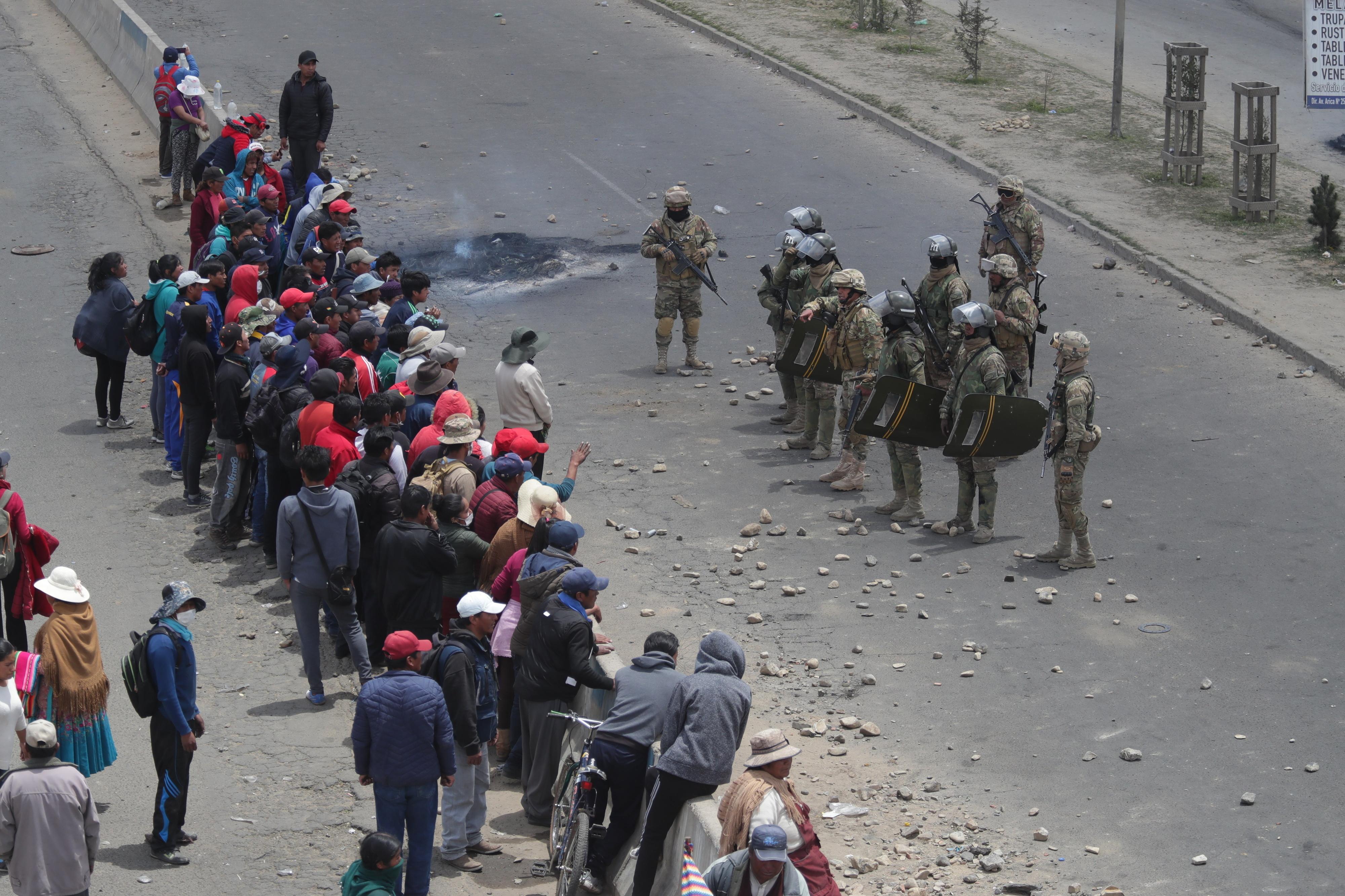 Número de mortos em confrontos entre manifestantes e polícia na Bolívia sobe para seis