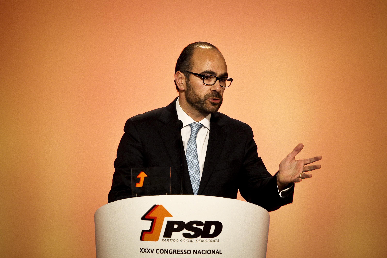"""PSD: Recandidatura de Moreira influencia """"zero"""" na estratégia do partido para o Porto, diz Pinto Luz"""