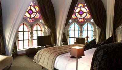 Já foram locais de culto, agora são de charme. Estas igrejas transformaram-se em hotéis