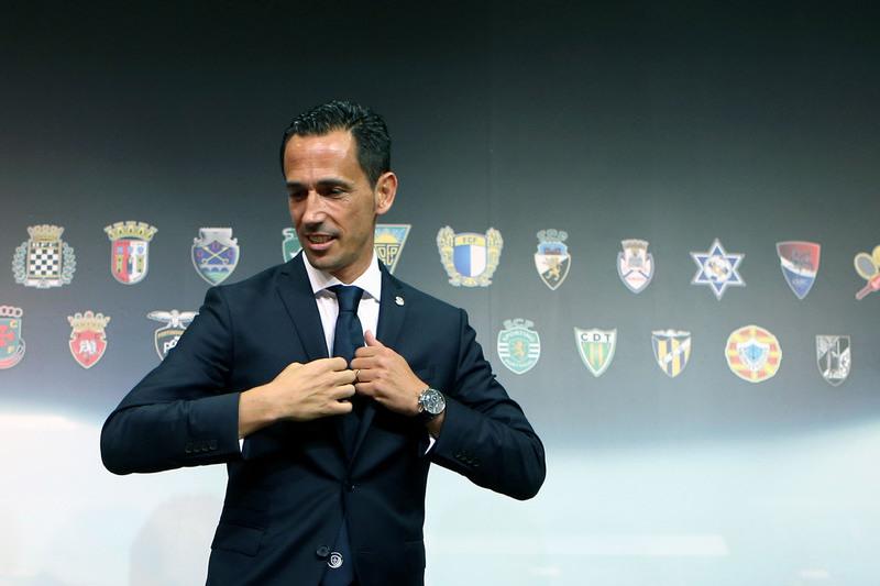 Contratos de trabalho. Benfica, FC Porto e Sporting de acordo com a Liga