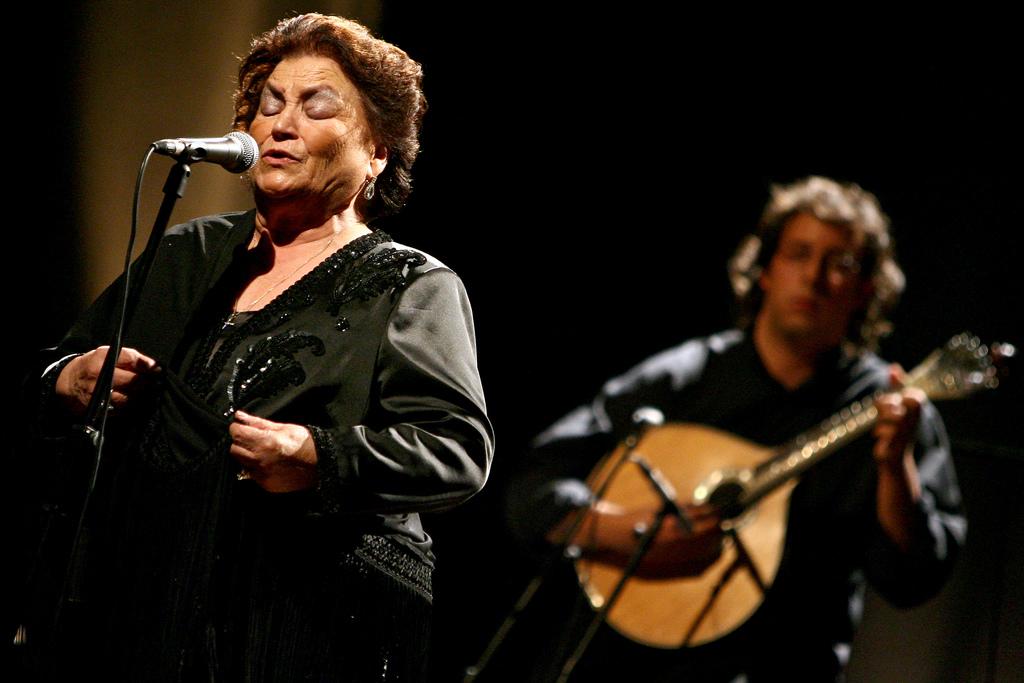 Morreu Argentina Santos: a fadista da Parreirinha de Alfama que pisou palcos internacionais