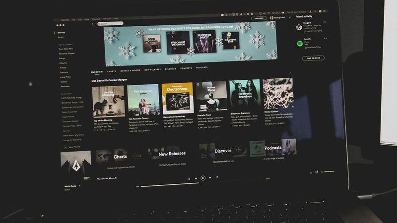 Spotify vai a jogo no segmento das colunas inteligentes