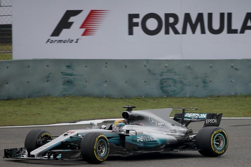 Hamilton supera número de 'poles' de Senna e fica a duas do recorde de Schumacher