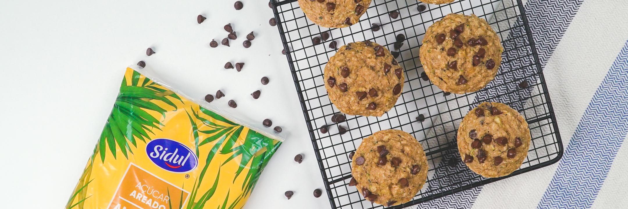 Muffins de quinoa e curgete com gotas de chocolate