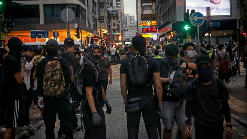 Milhares de manifestantes de novo na rua em Hong Kong