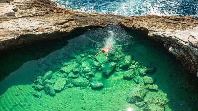 Piscinas naturais espetaculares que são verdadeiros tesouros da natureza