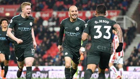 Premier League: Quanto falta para o City ser campeão, quem desce e quem vai às competições europeias?