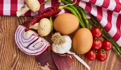 Na cozinha planeie, antecipe e simplifique. Vai poupar muitos euros