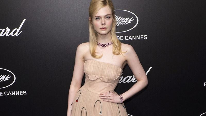 Festival de Cannes: atriz Elle Fanning desmaiou por causa de vestido apertado