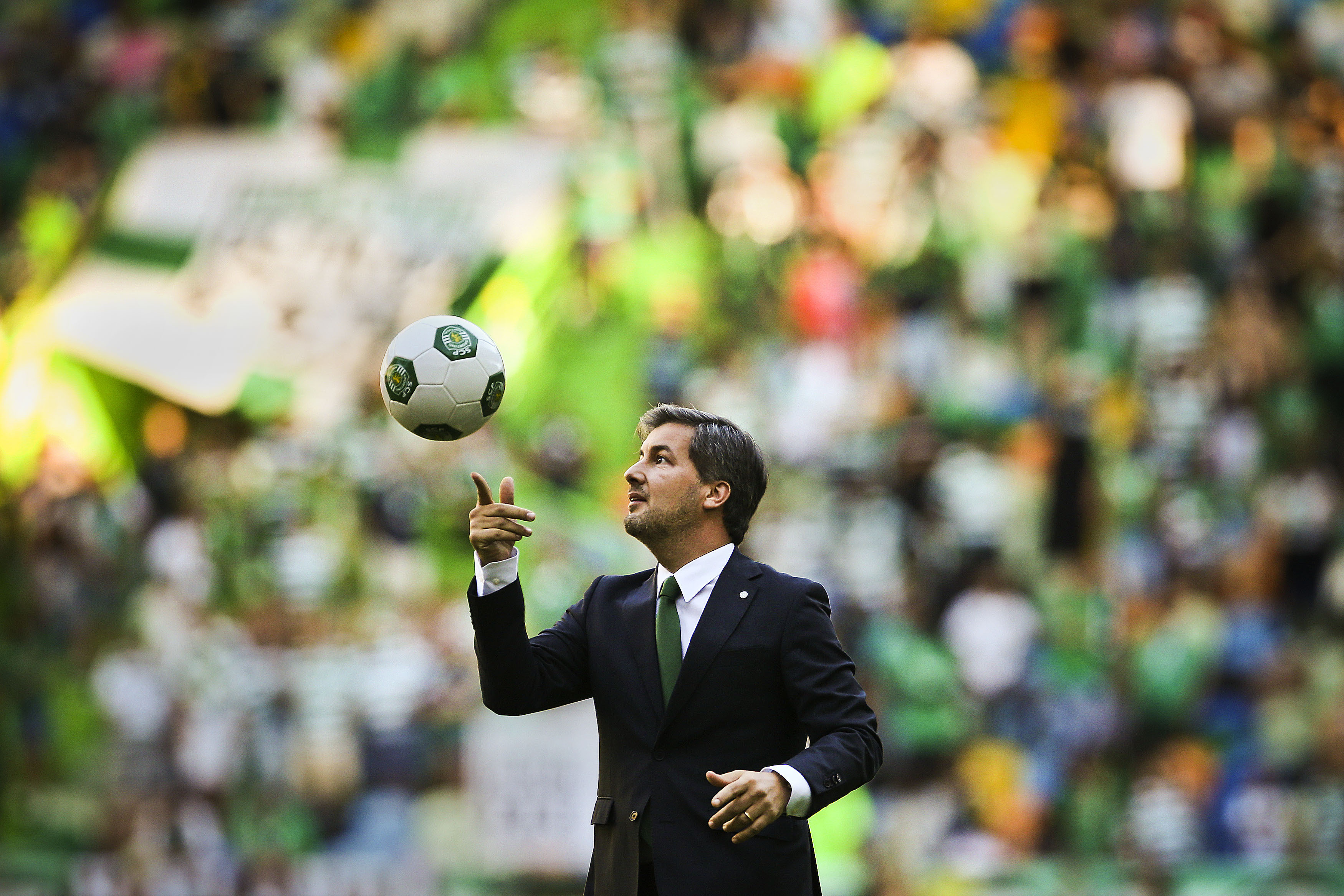 """A dimensão política de Bruno de Carvalho, o """"populista"""": lá fora chamam-no de Donald Trump português"""