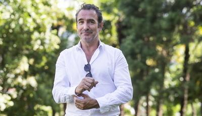 """Jean Dujardin: depois do Óscar por """"O Artista"""", ator regressa ao festival de Cannes com tragicomédia"""