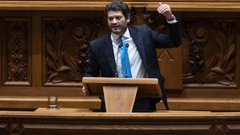 Chega avança com castração química e entrega projeto no Parlamento
